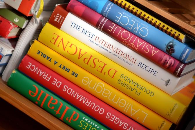 Pile de livres de cuisine