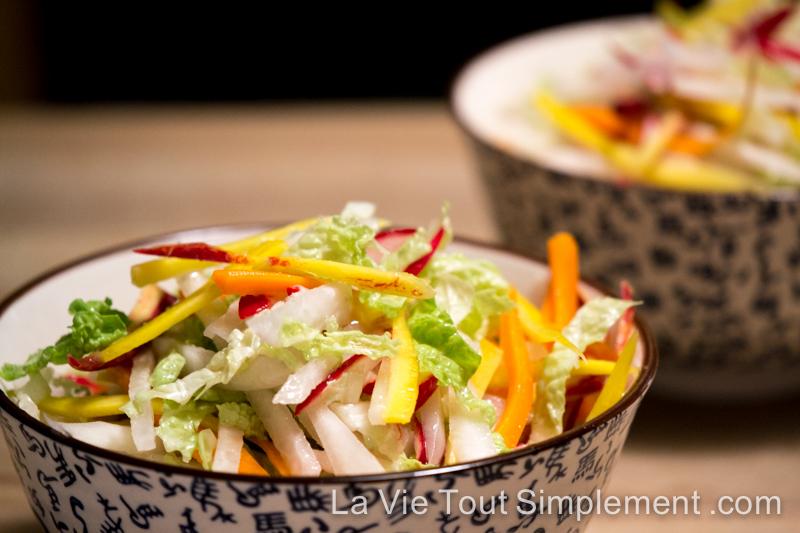 recette de salade asiatique aux carottes radis et chou la vie tout simplement. Black Bedroom Furniture Sets. Home Design Ideas